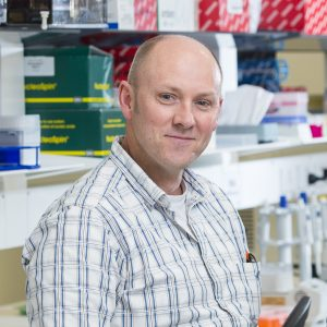Associate Professor Ashley Mansell outlining his inflammation discovery